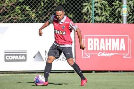 Elias está em disputa com o Atlético-MG para definir se vai renovar ou não o seu contrato- (Foto: Divulgação Atlético-MG)
