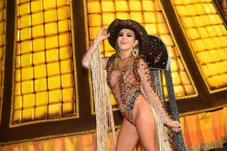 Tânia Oliveira também desfilou pela Dragões da Real