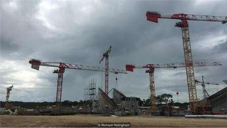 Os engenheiros do projeto se referem a ele como uma 'Torre Eiffel móvel'