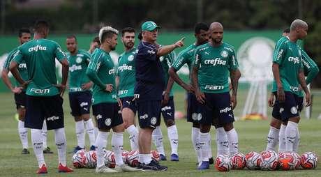 Em quatro rodadas, Felipão usou 24 dos 25 inscritos no Campeonato Paulista (Cesar Greco/Ag Palmeiras/Divulgação)