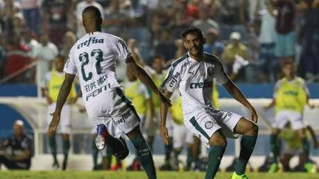 Com gol de Felipe Pires, Palmeiras bate o Oeste e garante mais três pontos (Foto: Ricardo Moreira/Fotoarena)