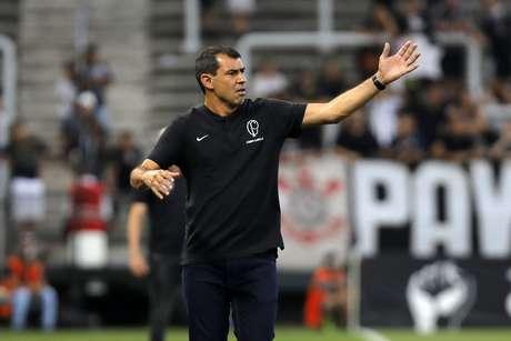 Corinthians trouxe de volta o técnico Fábio Carille como a principal aposta para defesa da equipe a recuperação do time