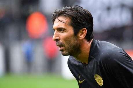 Buffon atuou em 15 partidas nesta temporada pelo PSG (Foto: Damien Mayer / AFP)