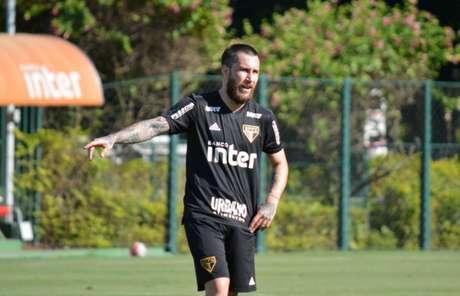 Jonatan Gomez é a novidade na lista de relacionados do São Paulo (Érico Leonan/saopaulofc.net)