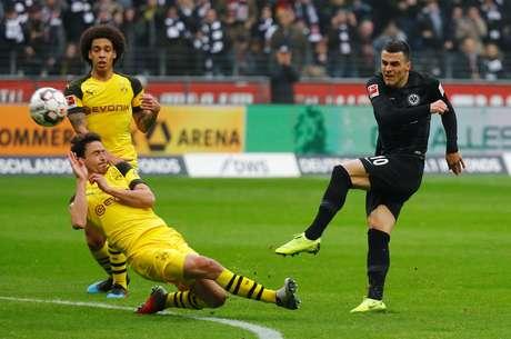 O Borussia Dortmund empatou e aumentou vantagem na liderança