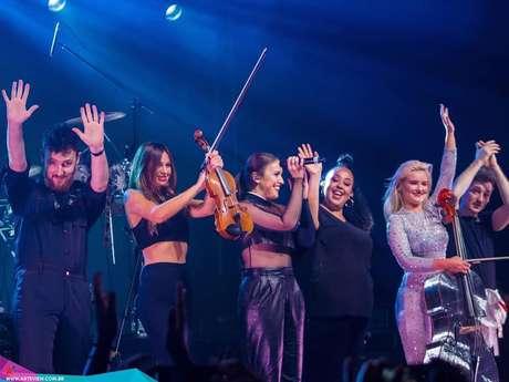 Britânicos do Clean Bandit agradecem após o primeiro show no Brasil