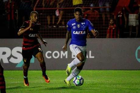 O Cruzeiro tentou colocar Raniel em uma negociação para ter Bruno Henrique na Toca da Raposa, mas o Peixe não topou o negocio- Rafael Melo/Fotoarena/Agência Lancepress!