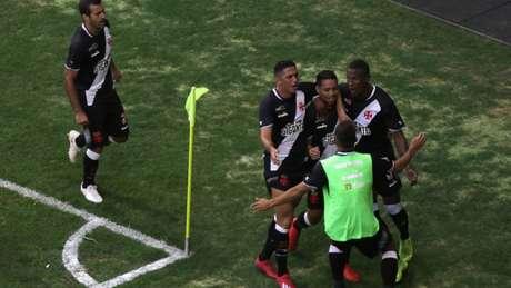 Vasco derrotou o Fluminense, em Brasília, por 1 a 0 (Foto: Claudio Reis/Eleven)