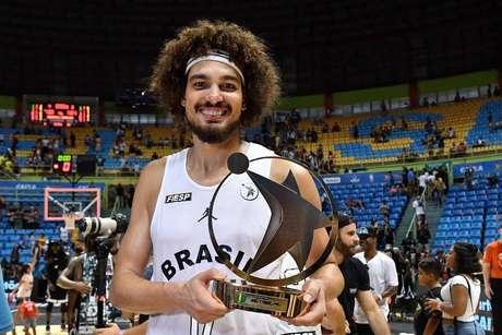 Eleito MVP no ano passado, Varejão foi o mais votado do NBB Brasil para o evento de 2019