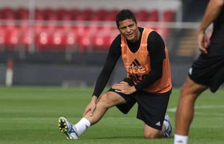 Anderson Martins sofre com uma tendinite no joelho direito - Rubens Chiri/saopaulofc.net