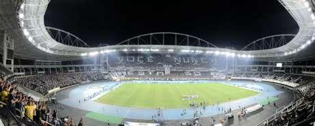 Botafogo espera que a torcida compeça na estreia da Sul-Americana, apesar da péssima fase (Foto: Lazlo Dalfovo)