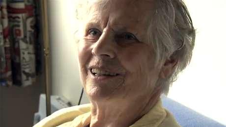 Documentário registrou a jornada de Annie Zwijnenberg com a doença de Alzheimer, culminando em sua morte por eutanásia aos 81 anos