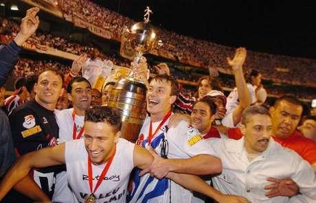 Jogadores do São Paulo comemoram o título de 2005