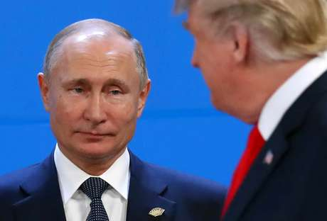 Presidento russo, Vladimir Putin, e presidente dos EUA, Donald Trump 30/11/2018  REUTERS/Marcos Brindicci