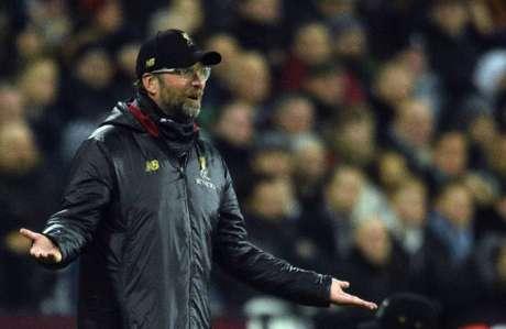 Klopp também disse que o Liverpool vai enfrentar momentos mais difíceis (Foto: Glyn Kirk / AFP)