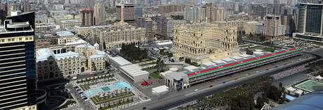 """Fórmula 1 confirma """"imprevisível"""" Grande Prêmio do Azerbaijão até pelo menos 2023"""