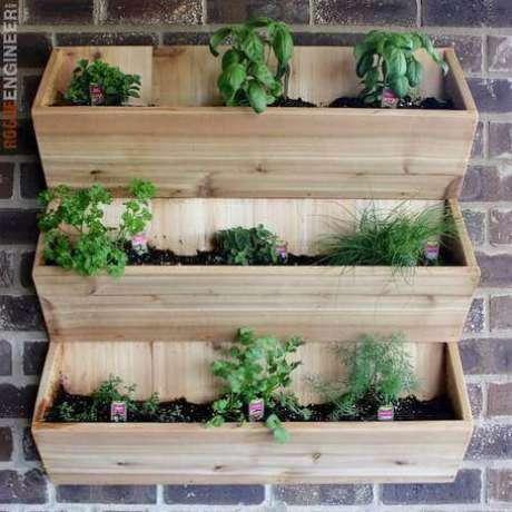 53. Estruturas específicas como essa podem ser encontradas em lojas de jardinagem. Foto de Rogue Engineer