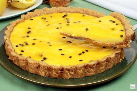 Torta de maracujá sem açúcar e sem lactose
