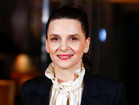 Atriz Juliette Binoche, presidente do júri do festival de cinema de Berlim 6/2/2019 REUTERS/Fabrizio Bensch