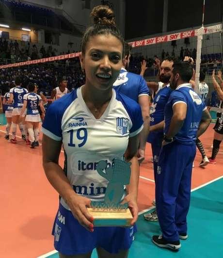 Léia foi eleita a melhor do jogo (Orlando Bento/Divulgação Minas)
