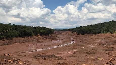 Área próxima à localização da Nova Estância Inn: pousada foi varrida pela lama