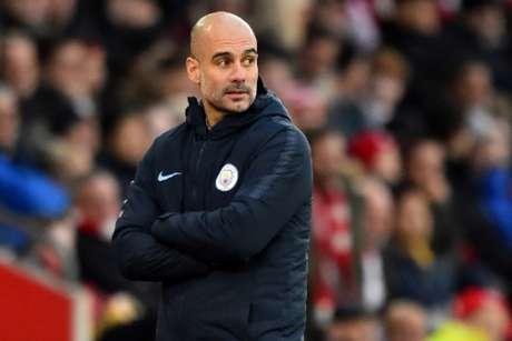 O City é o novo líder da Premier League (Foto: Glyn Kirk / AFP)