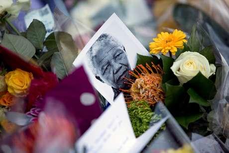 Homenagem a ex-presidente da África do Sul Nelson Mandela 06/12/2013 REUTERS/Neil Hall