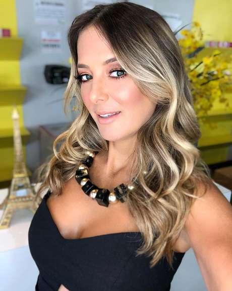 Ticiane Pinheiro revela nome de filha que terá com Tralli