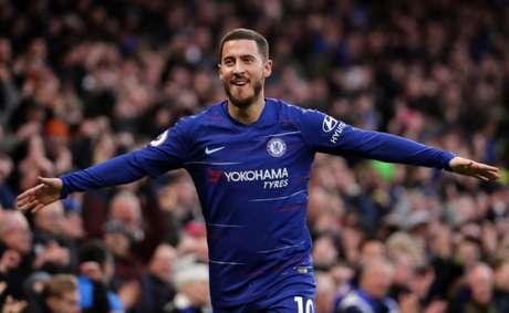 Para Fabgreas, Hazard fica no Chelsea (Foto: Reprodução)