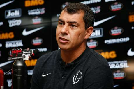 Treinador ainda vê erros que podem ser acertados (Foto: Luis Moura/WPP)