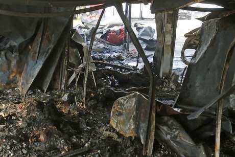 Incêndio deixou 10 mortos e três pessoas feridas, uma delas em estado grave, no Centro de Treinamento do Flamengo, em Vargem Grande, na zona oeste do Rio de Janeiro, na madrugada desta sexta-feira (08/02/2019)