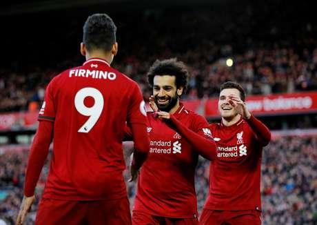 O Liverpool segue na liderança