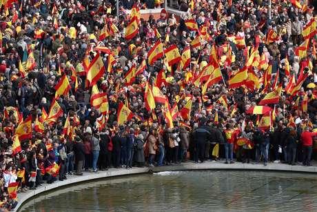 Milhares protestam em Madri contra política do governo espanhol para Catalunha