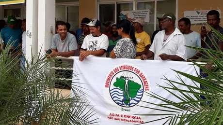 Protesto de moradores de Barra Longa no dia 5 de fevereiro: moradores não foram atendidos pela Fundação Renova