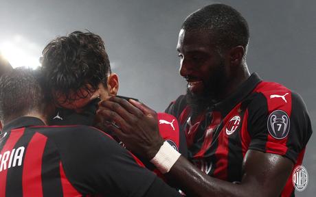 Lucas Paquetá se emocionou após marcar o primeiro gol pelo Milan