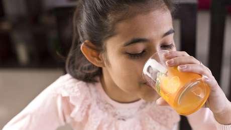 A ingestão de vitaminas não é suficiente para afastar doenças que podem ser prevenidas com vacinas