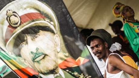 Rastafaris acreditavam que Haile Selassie era o messias, uma encarnação de Jah