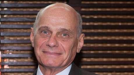 Filho de um diplomata brasileiro, Ricardo Boechat nasceu em Buenos Aires e começou carreira jornalística no Rio, nos anos 1970