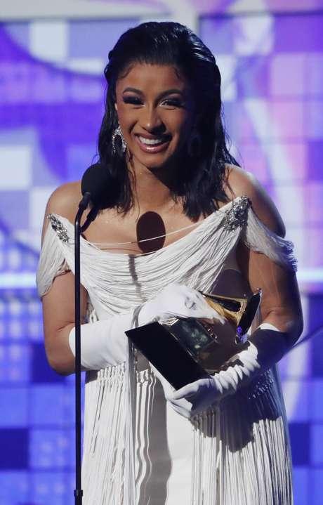 Cardi B é a primeira mulher a ganhar Grammy de Melhor Álbum de Rap e dedica a Mac Miller