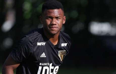 Luan volta aos treinos e é opção no São Paulo para quarta (Rubens Chiri/saopaulofc.net)
