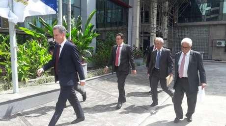 Landim, Dunshee, Belotti e Alcides na chegada ao MP-RJ (Foto: Alexandre Araújo)