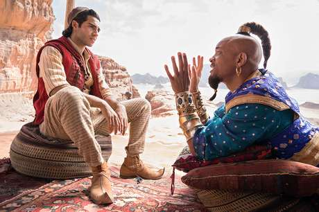 Will Smith e Mena Massoud em 'Aladdin' (2019)