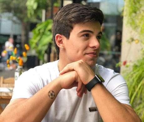 Thomaz Costa é ex-namorado de Larissa Manoela.