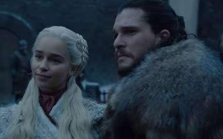 Emilia Clarke e Kit Harington como Daenerys e Jon Snow em 'Game of Thrones'.