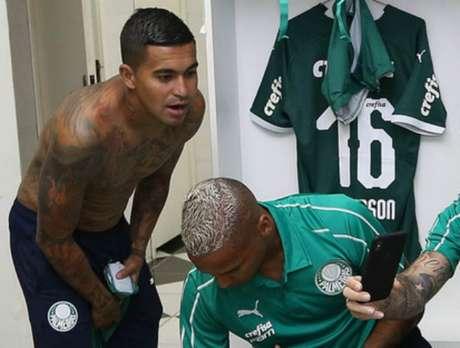 Dudu se coloca como exemplo para Deyverson se controlar e só ajudar o time (Cesar Greco/Ag Palmeiras/Divulgação)