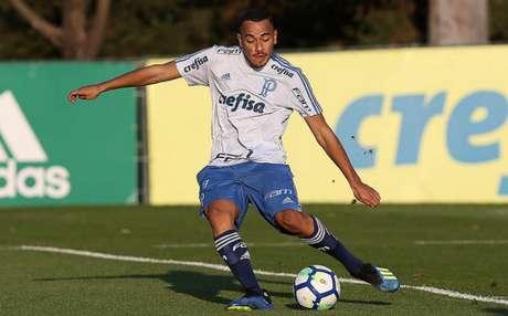 Papagaio chega ao Galo com fama de goleador na base do Palmeiras- Cesar Greco