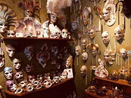 Atelier Marega produz máscaras artesanais desde 1981