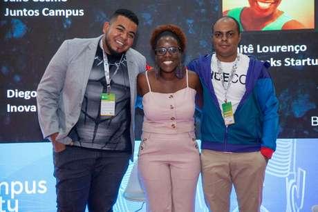 Da esquerda para a direita: o CEO da Inova QA & Serviços, Diego Conrado; a fundadora da BlackRocks, Maitê Lourenço; e o CEO da Juntos Campus, Júlio Cosmo