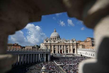 Vista da Praça de São Pedro, no Vaticano