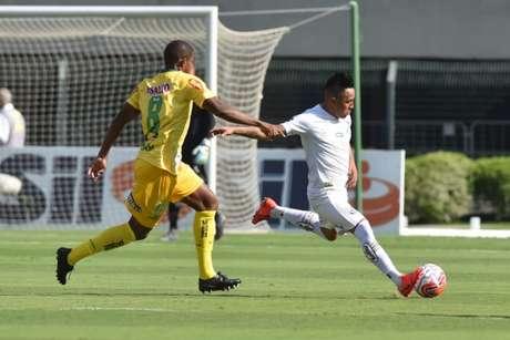 Cueva em ação contra o Mirassol, no último sábado. Peixe derrotou o Leão, por 1 a 0 (Ivan Storti/Santos FC)